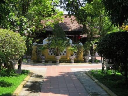 Hue garden house